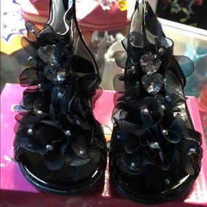 Other - 💰Cute Black little girl sandals